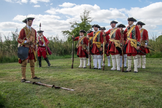 18th century foot soldiers drilling