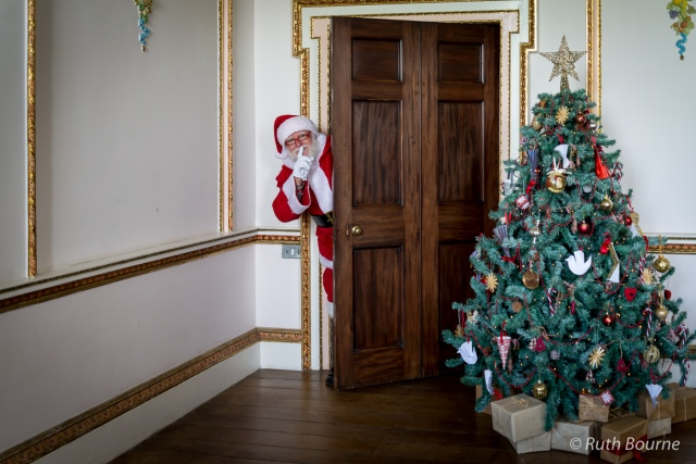 Croome Santa-042 by Ruth Bourne