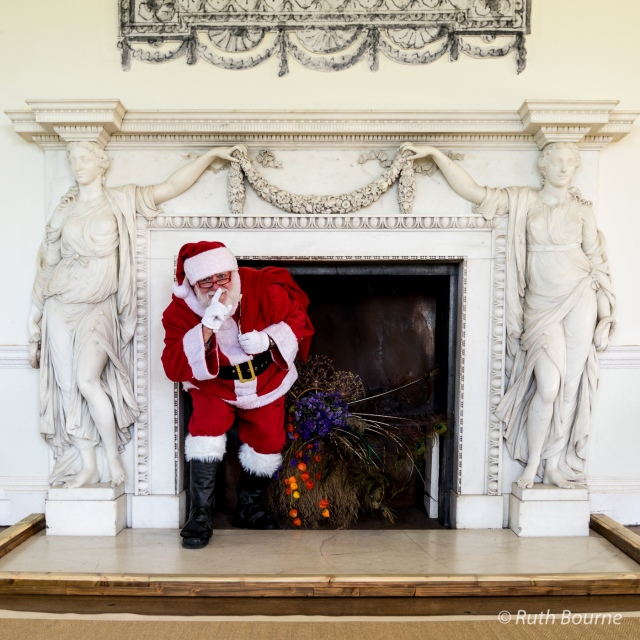 Croome Santa-088 by Ruth Bourne