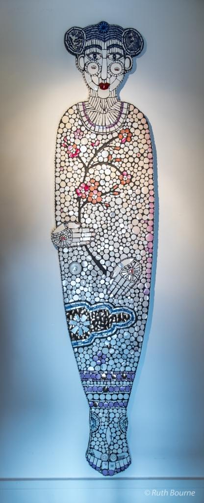 Mosaic figure