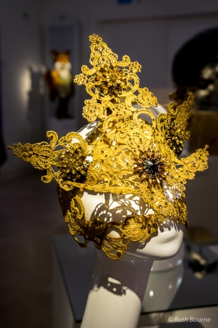 Gold Lace Swarovski Crystal Full Mask